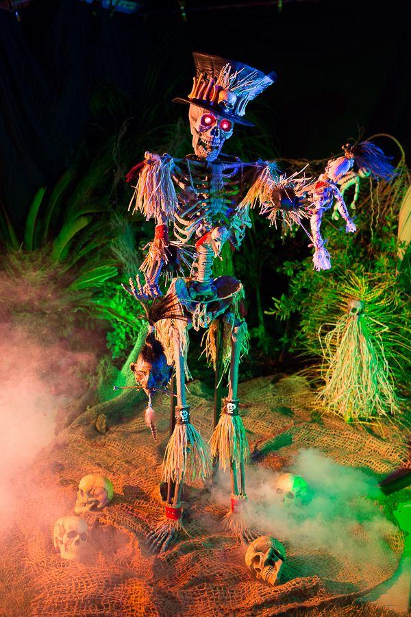 papa voodoo halloween prop